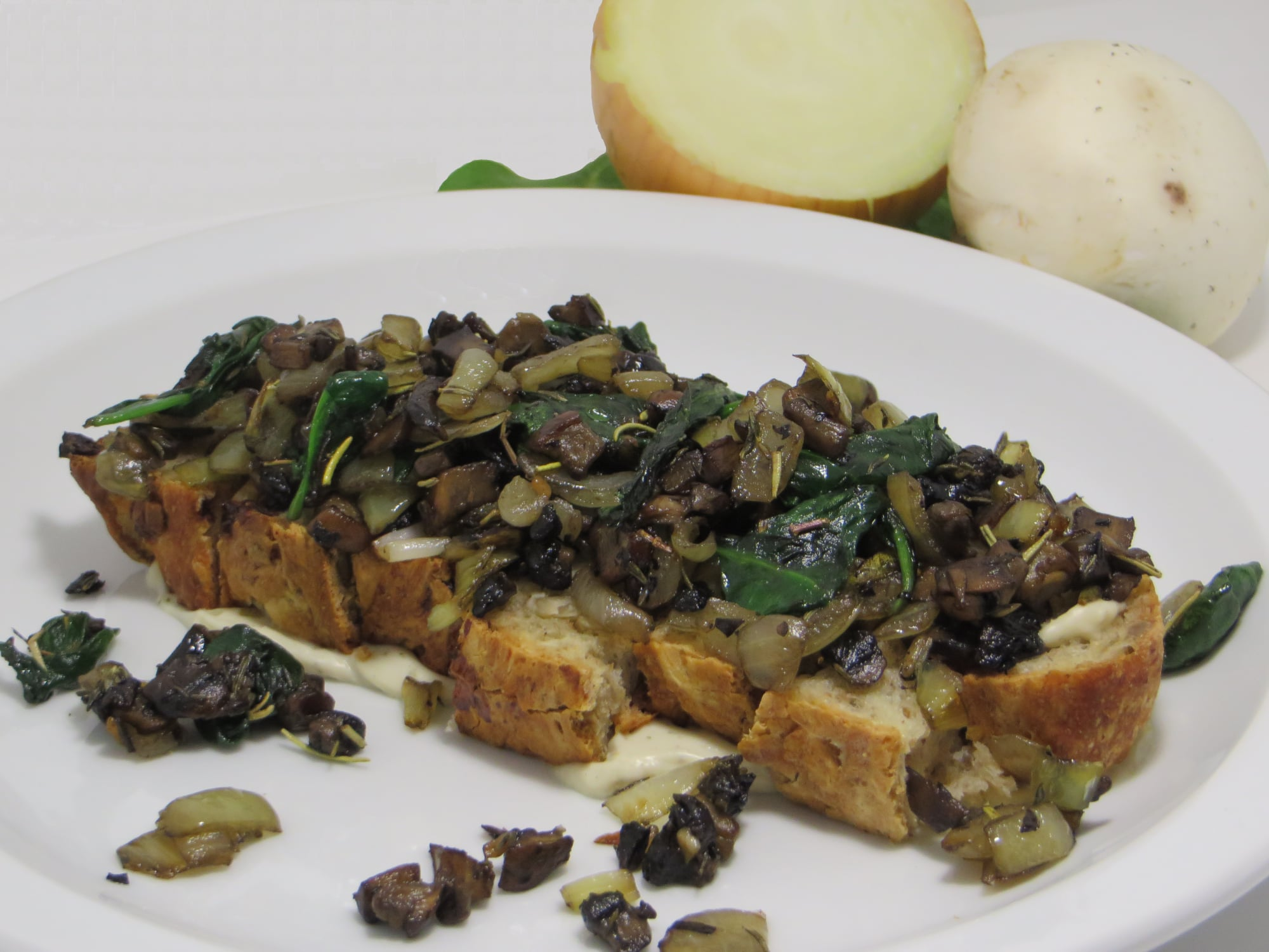 Grilled Mushroom-Onion-Spinach on Toast & Cashew Cream