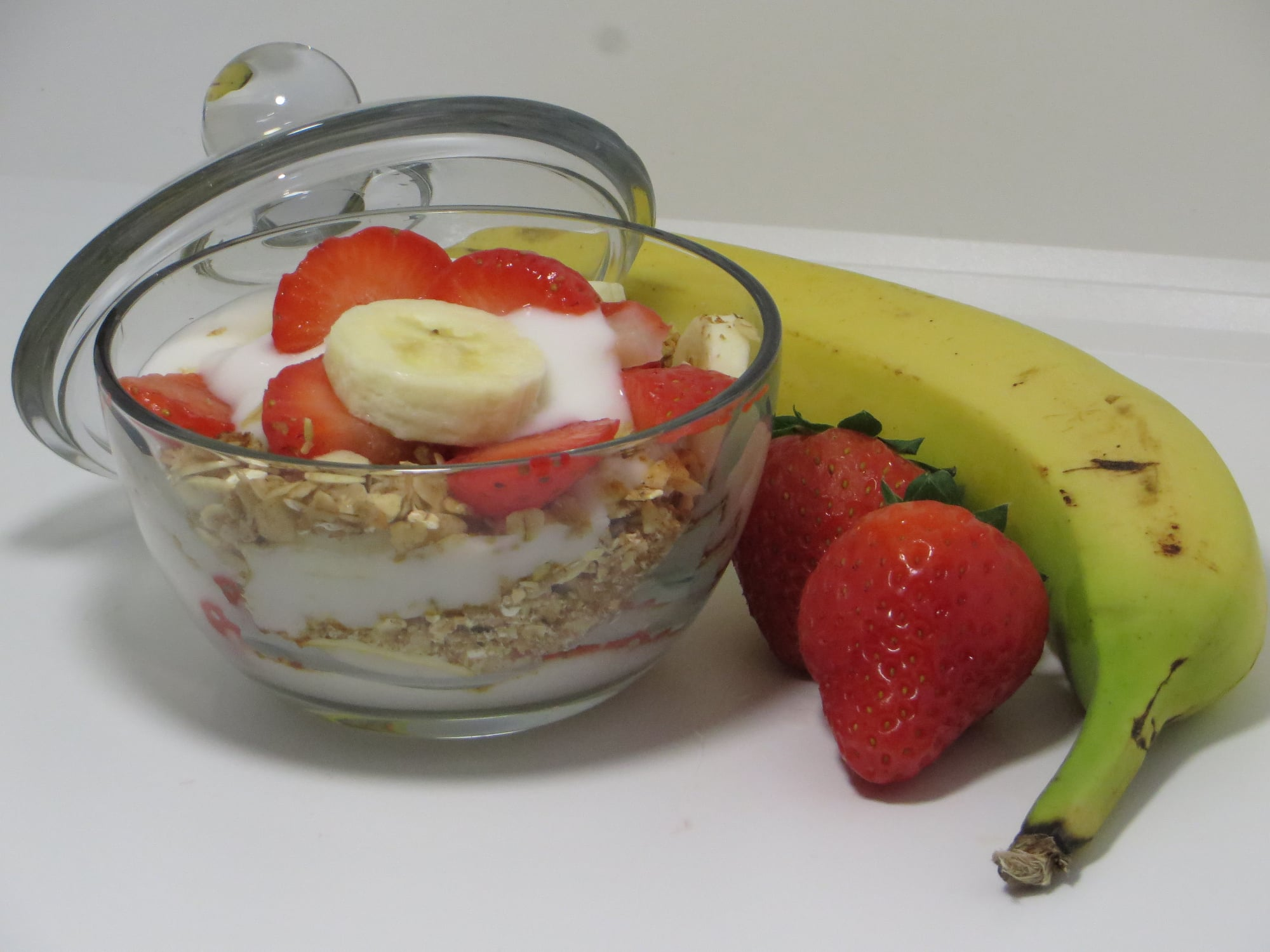 Strawberry-Banana Yogurt & Nutty Granola