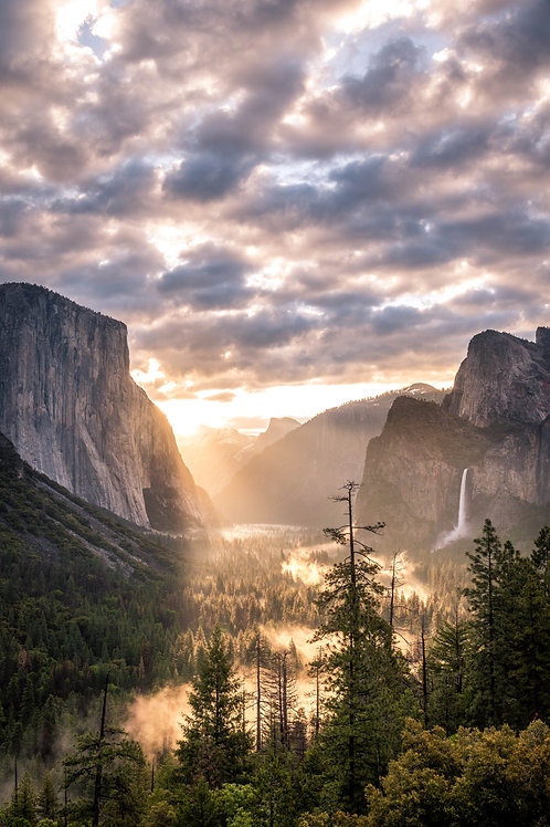 Sunrise in the Valley