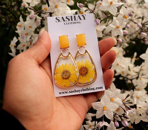 Sunflower Tulip Earring in Yellow