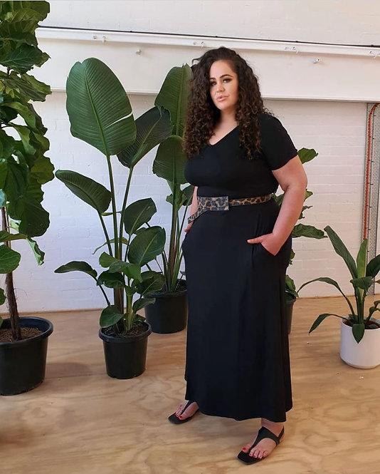 T-Shirt Maxi Dress in Black