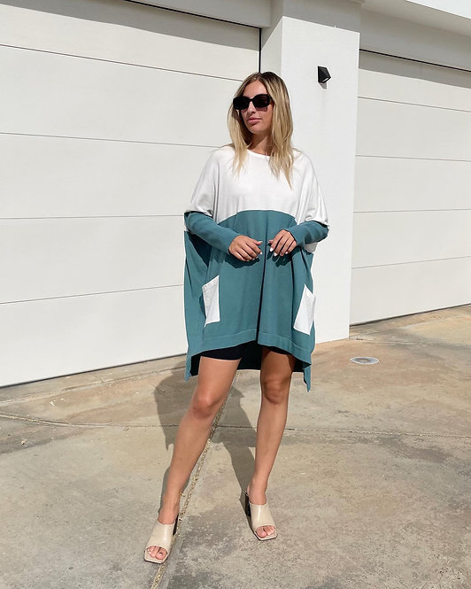 Over-sized Hi-Lo Top in Teal