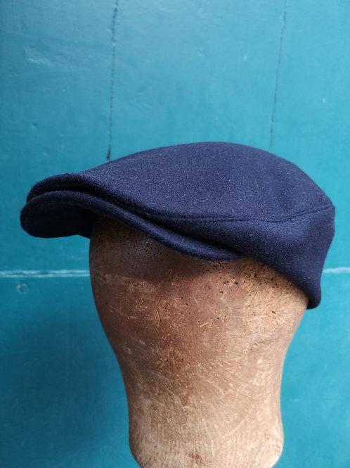 Mittelbreite Herrenmütze dunkelblau