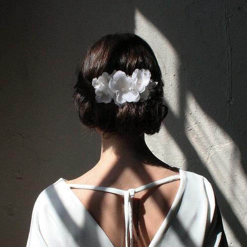 Kopfschmuck Seidenblüten