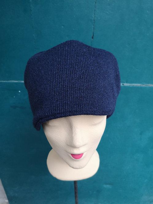 Mütze aus dunkelblauem Wollstoff