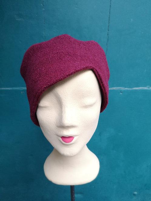 Mütze aus Wollstoff, bordeaux, asymmetrisch