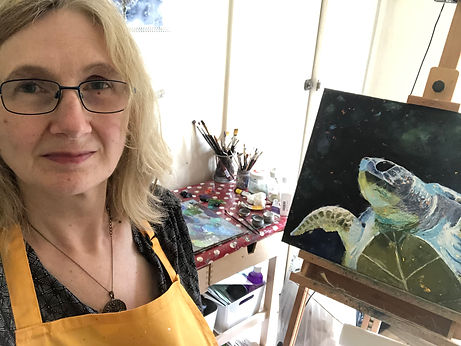 Tracy Lester Artist in her studio