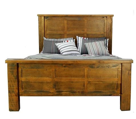 Woodgate Queen Bed