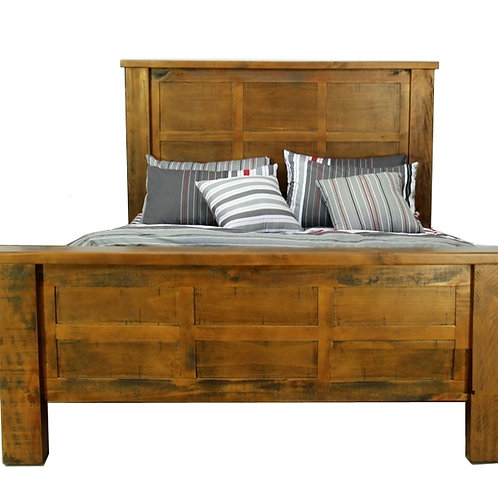 Woodgate King Bed