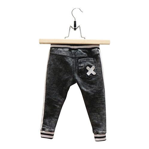 ג'ינס שחור