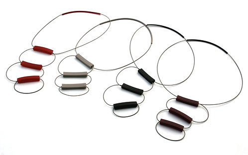Brio Tris Short Necklace