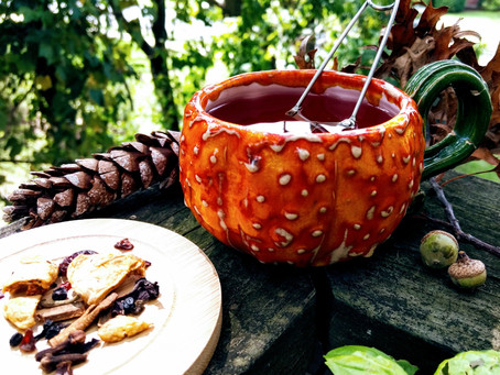Cozy up this Autumn with Apple Spice Tea!