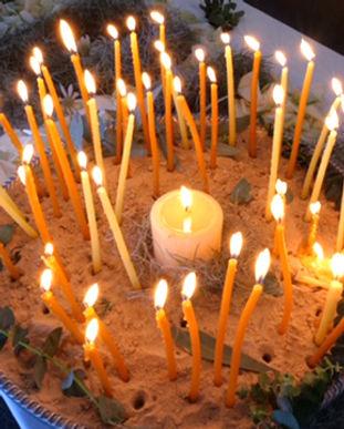 Picaluna Funerals   home vigil.jpg