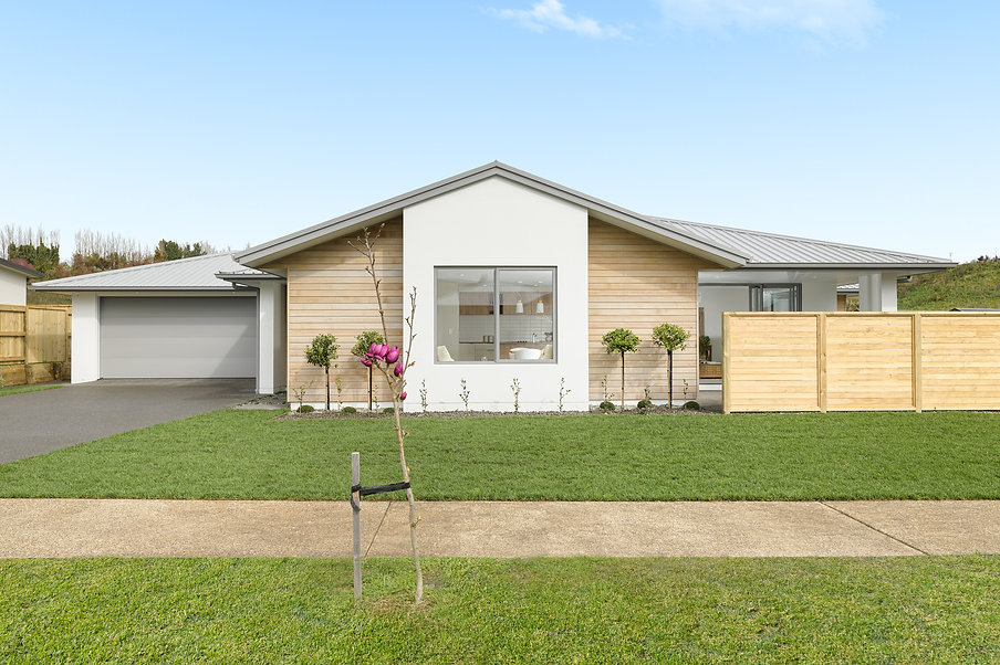 3 Bedroom home, The Lakes