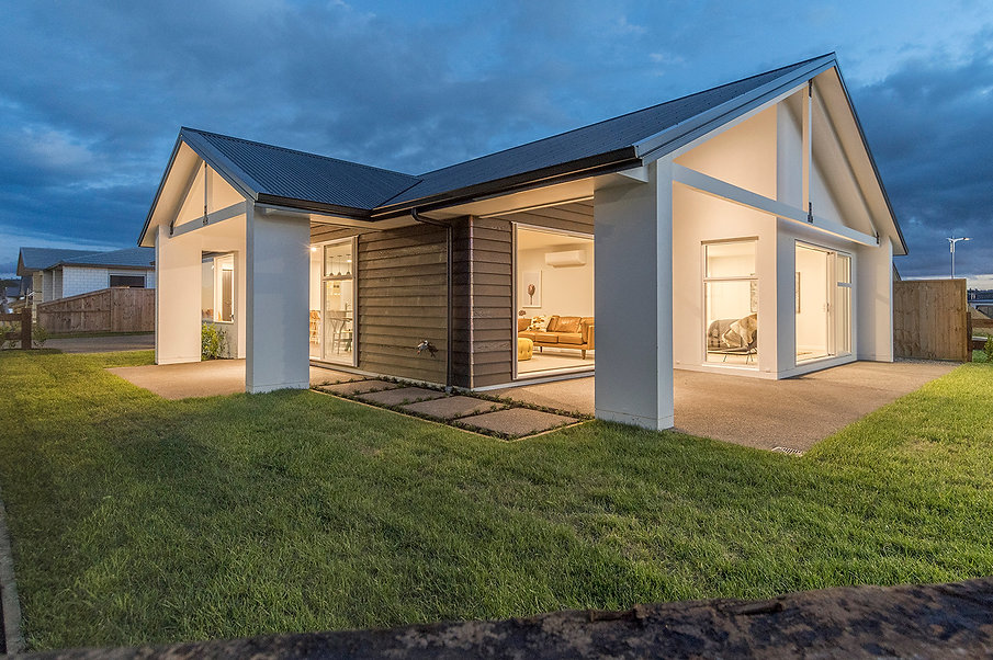 3 Bedroom home: The Lakes