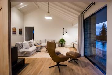 henry-house-300dpi-26.jpg