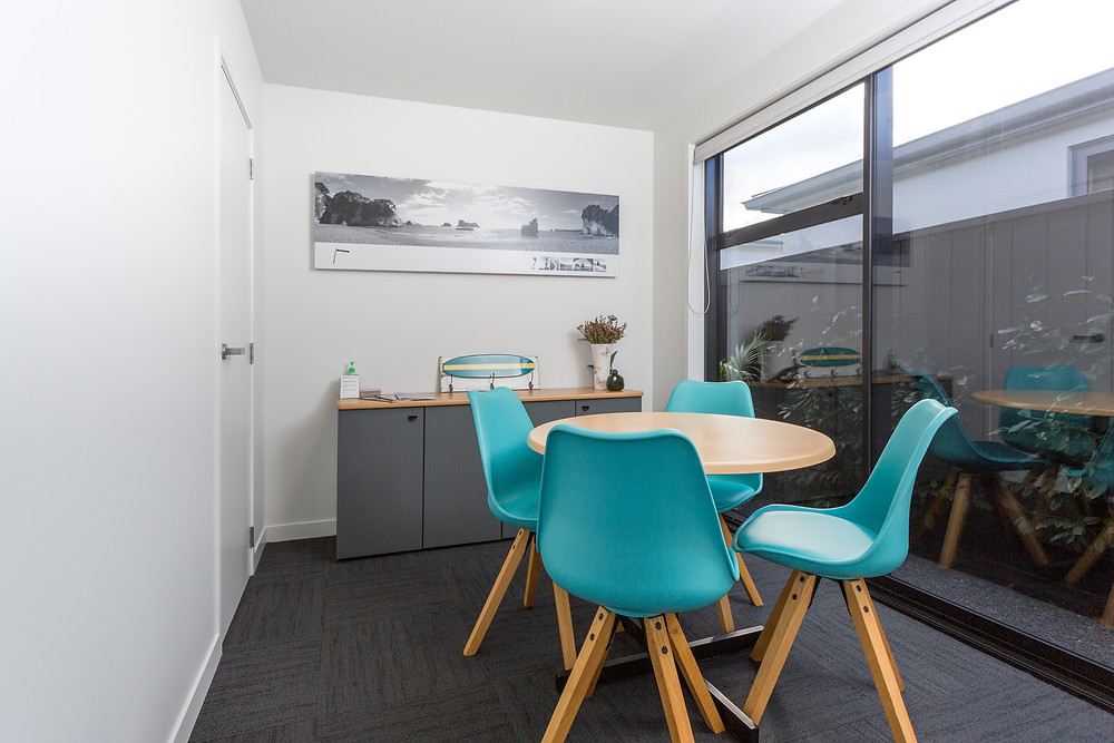 Home and Income - Meeting room