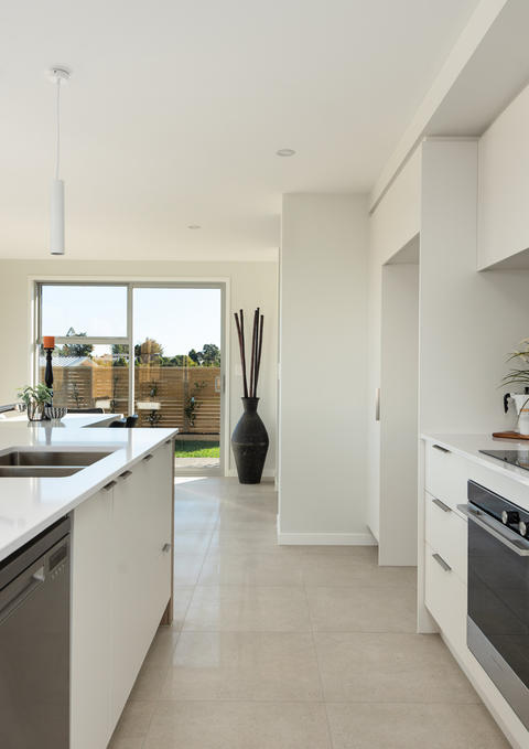 Thorne Group House and land