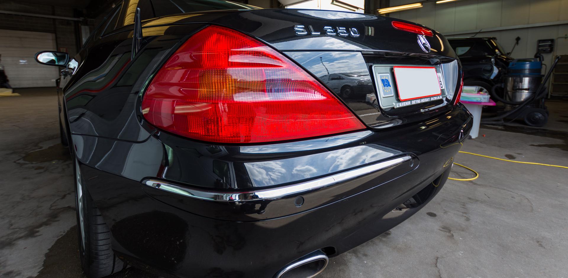 Mercedes CLS350_4_resize.jpg