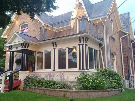 If These Walls Could Talk: The Lloyd House (1885)