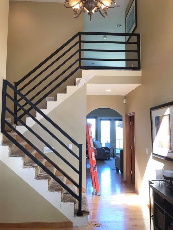 Modern Horizontal Stair Railing