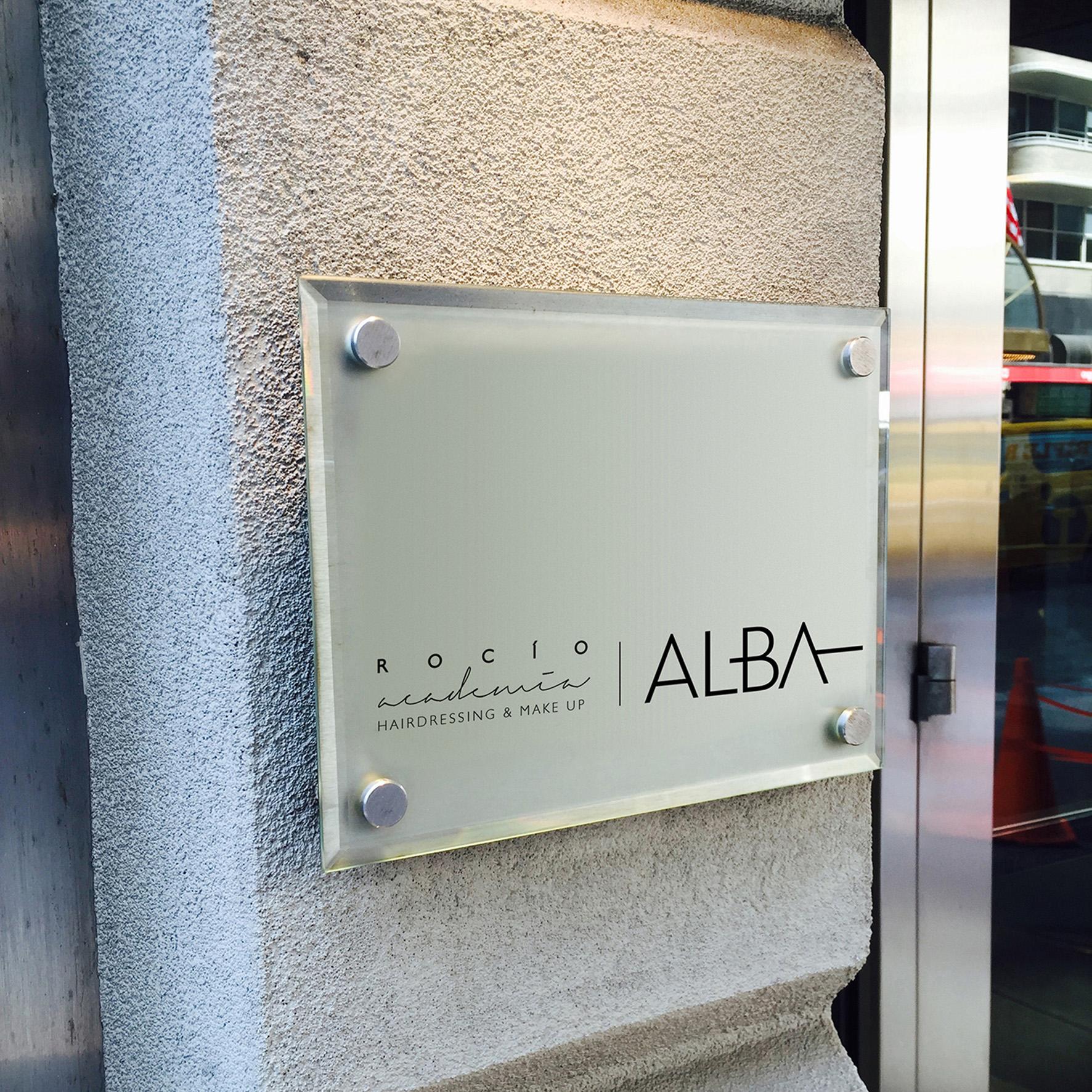 Placa Exterior Rocio Alba
