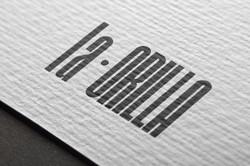 02-logo-mockup