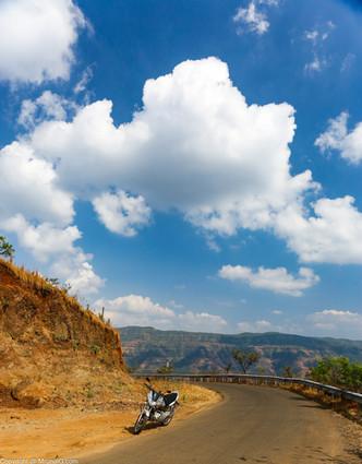 Road to Tapola from Mahabaleshwar