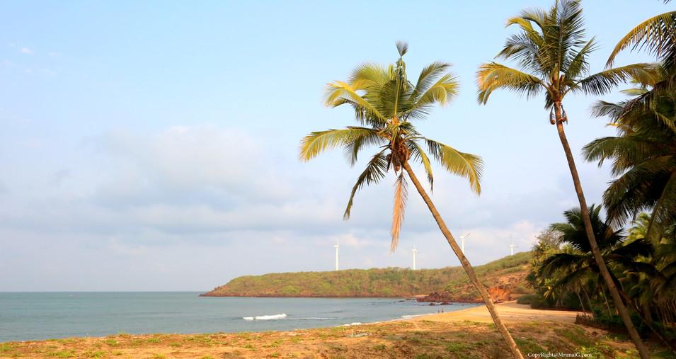 Beach next to Taramumbri beach