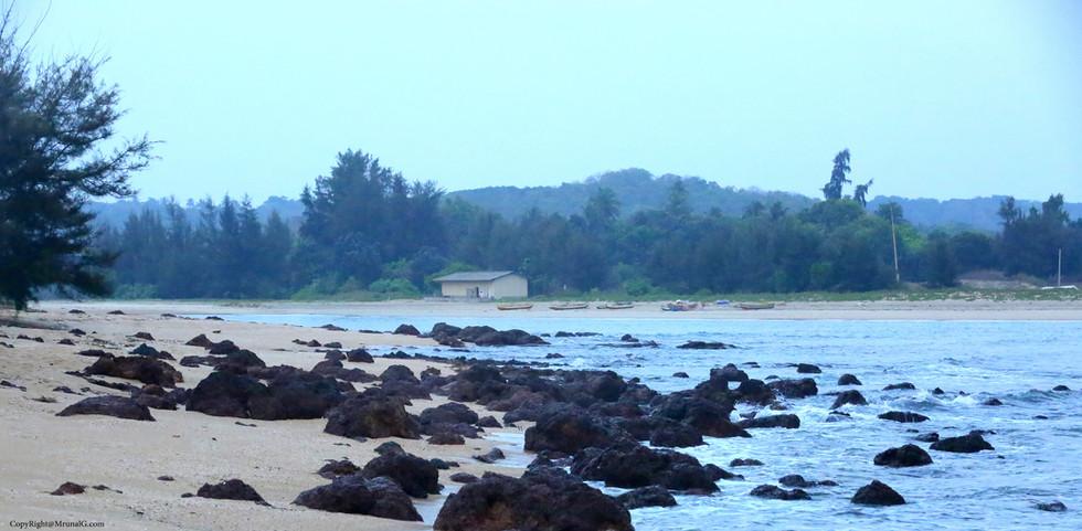 3.45 Taramumbri beach