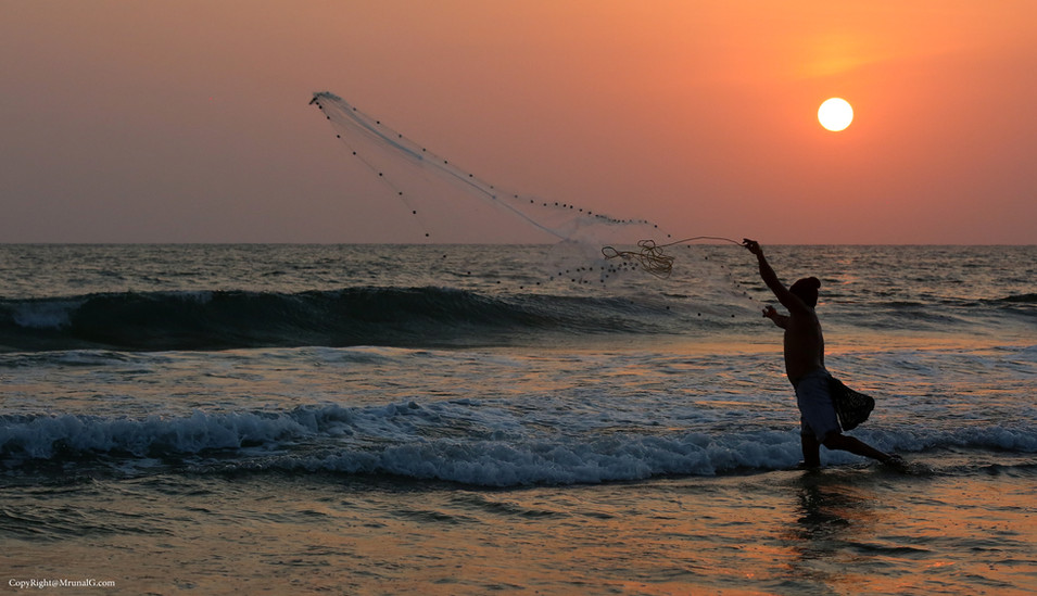 Fisherman at the Mithmumbri beach