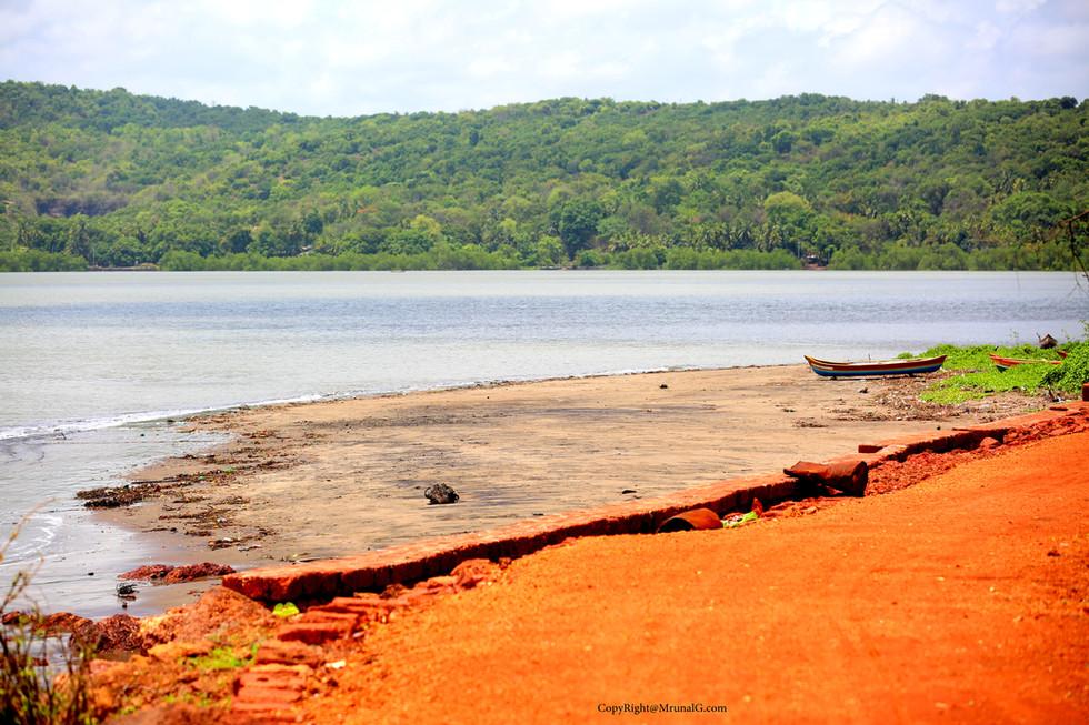 3.8 Malai beach