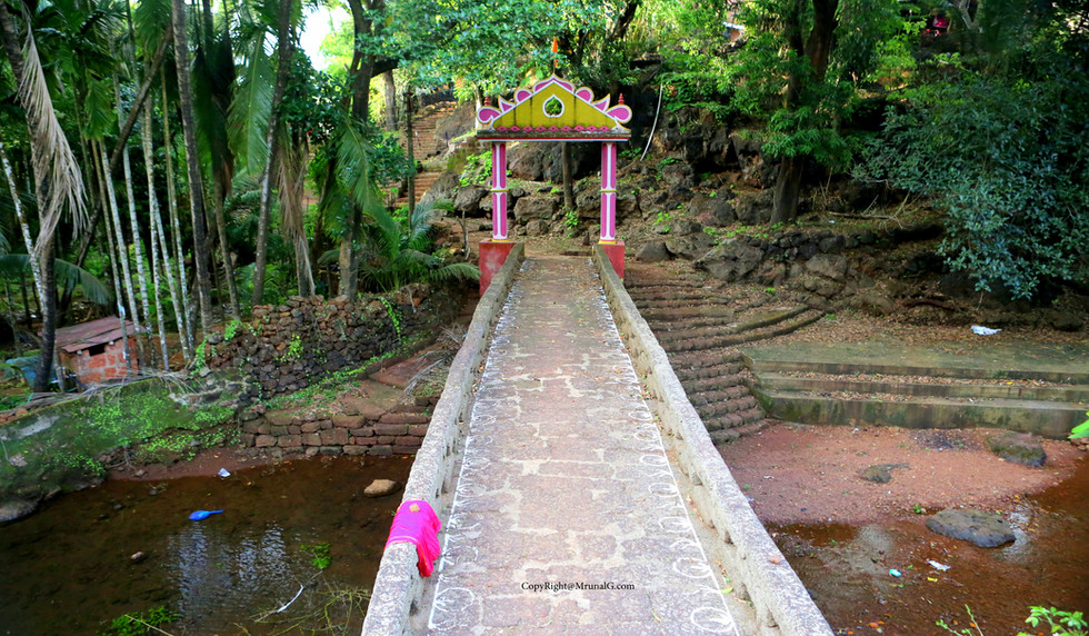 Vimleshwar temple stone bridge