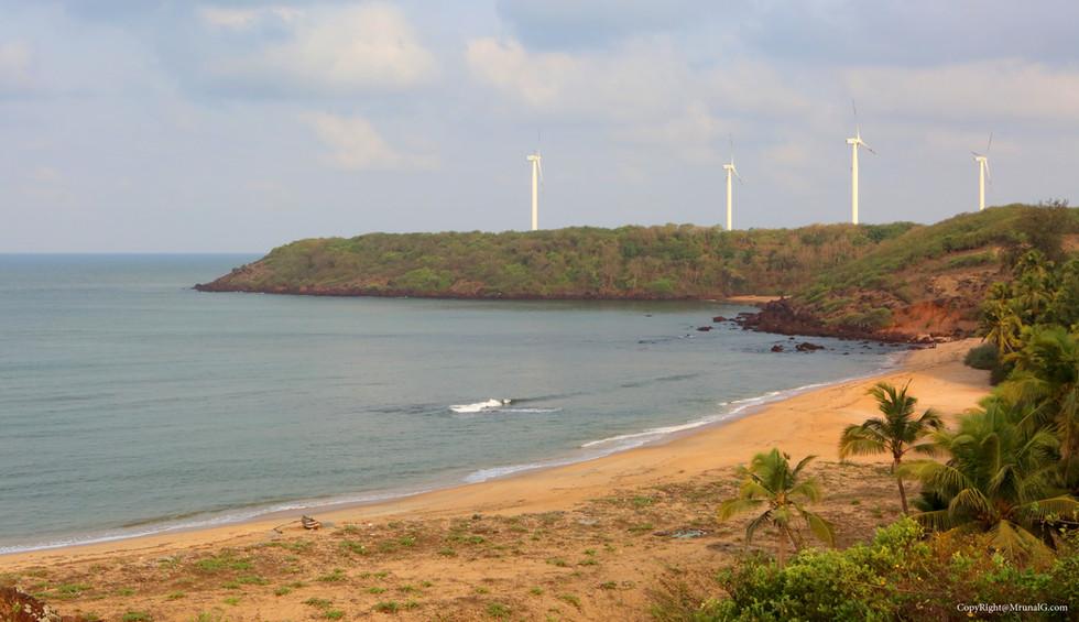 3.10 View from the hill next to Taramumbri beach