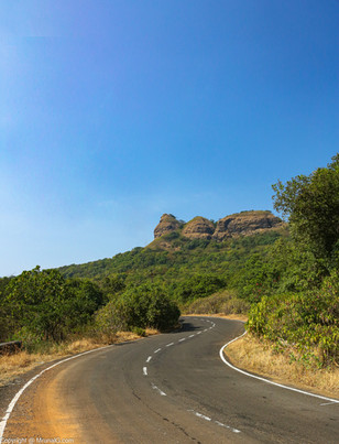 Road to Amby valley from Lonavla