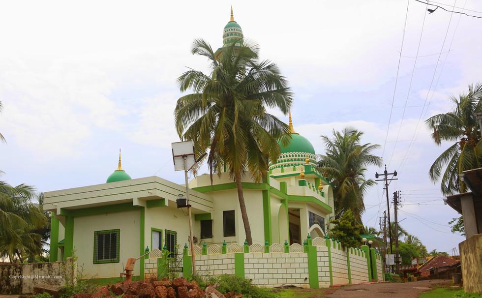 Mosque at Devgad fort area