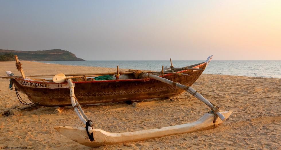 3.33 Boat at Kunkeshwar beach