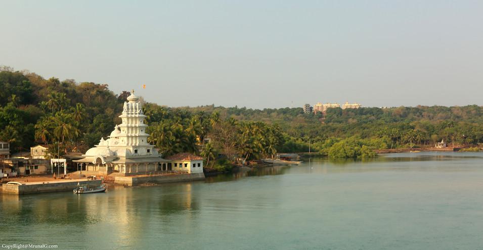 Vitthal Rakhumai temple Taramumbri