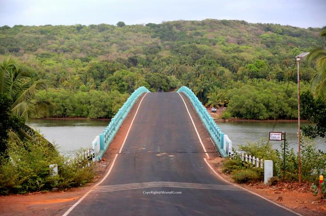 Road from Padel to Devgad through Vadatar bridge