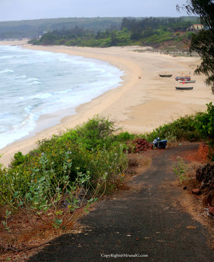 8.2 The end of Kunkeshwar beach and the road on the hill going downward towards the beach