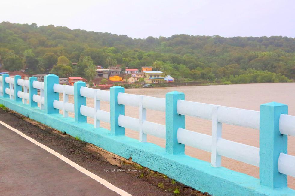 Vadatar bridge