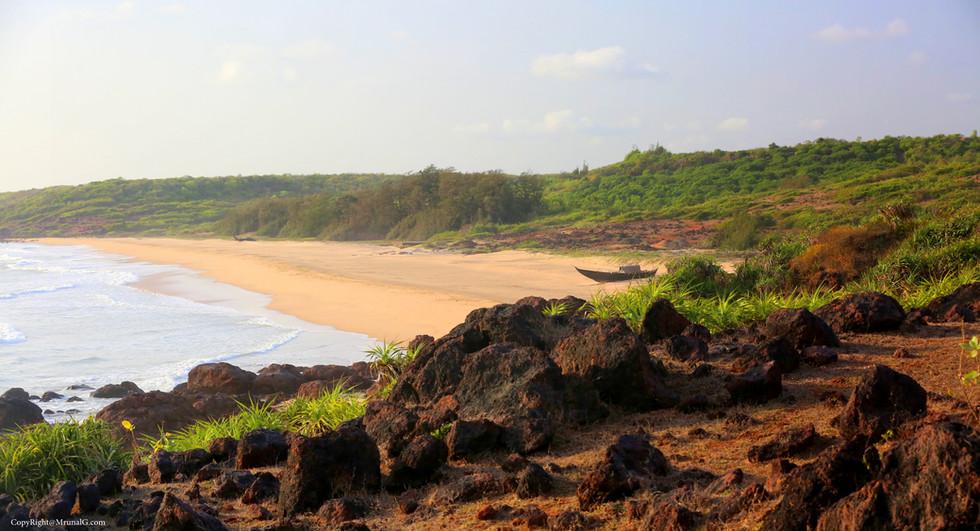 3.44 Padvane beach