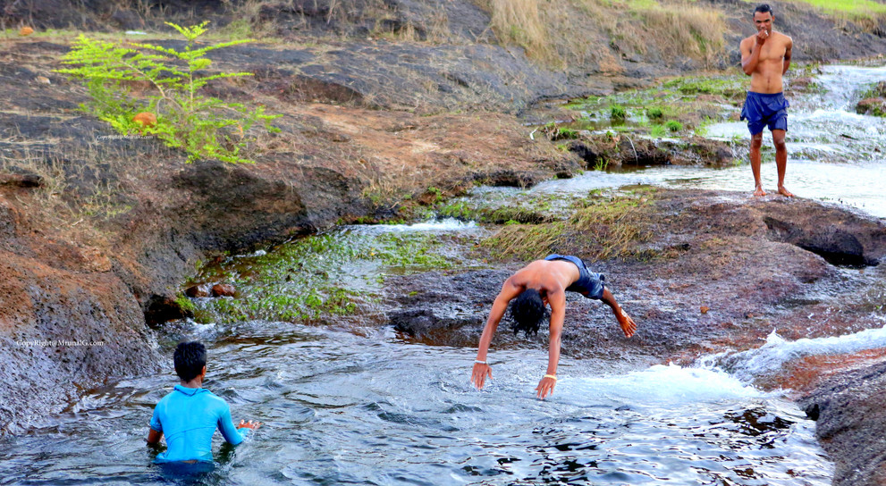 Jump in the stream of water pond near Vimleshwar temple