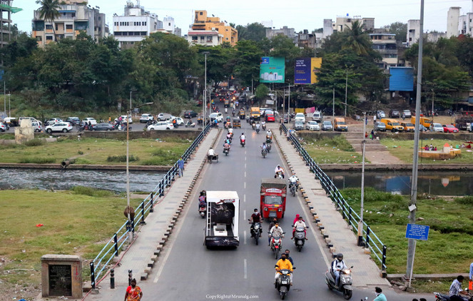 Bridge at Deccan on the Mutha river