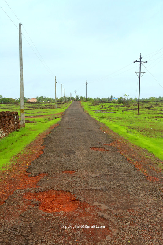 Road from the Belwadi to Jamsande in the back side of Jamsande bazar