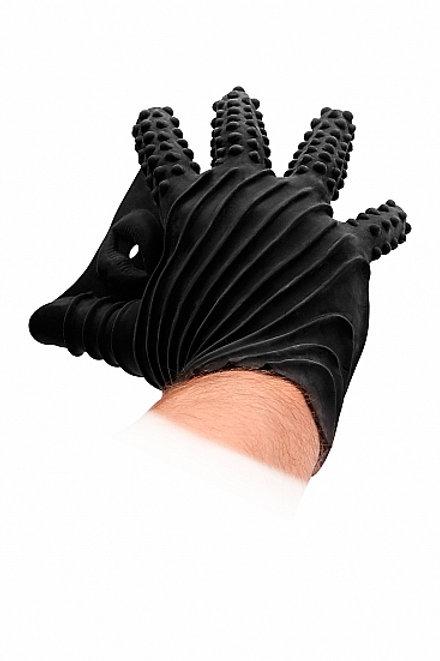 Hand mit schwarzem Fist It Silikon Handschuh
