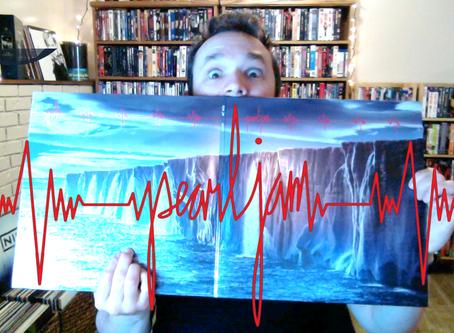 Unboxing Pearl Jam's GIGATON vinyl bundle + a review