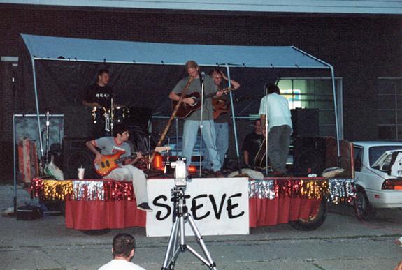 Nick O. filming STEVE's Sleepwalker Festival Performance - July 29, 2000