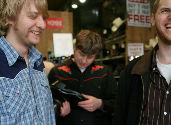 _MG_9722_boots+smiles.jpg