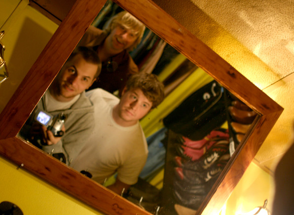 _MG_9281_band-in-the-mirror.jpg